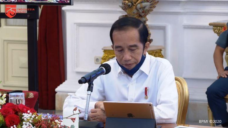 Jokowi Minta Kepala Daerah Tangani Corona-Ekonomi: Gas dan Rem Diatur