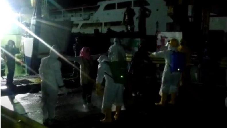 Pasien Covid-19 Baubau Kabur ke Wakatobi, Seluruh Penumpang Kapal Feri Dikarantina