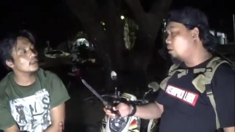 Cemburu Buta, Pria di Makassar Mengamuk Ancam Warga Pakai Samurai