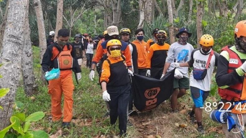 Terjunkan 3 SRU, Korban Tenggelam di Pantai Jonggring Saloko Malang Berhasil Ditemukan