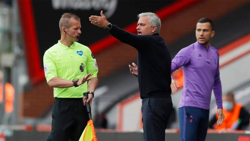 Mourinho 'Ngamuk' Tottenham Tak Dapat Penalti saat Imbang dengan Bournemouth