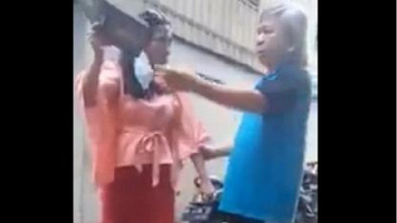 Viral Aksi Perempuan Lempar dan Hendak Robek Alquran di Makassar