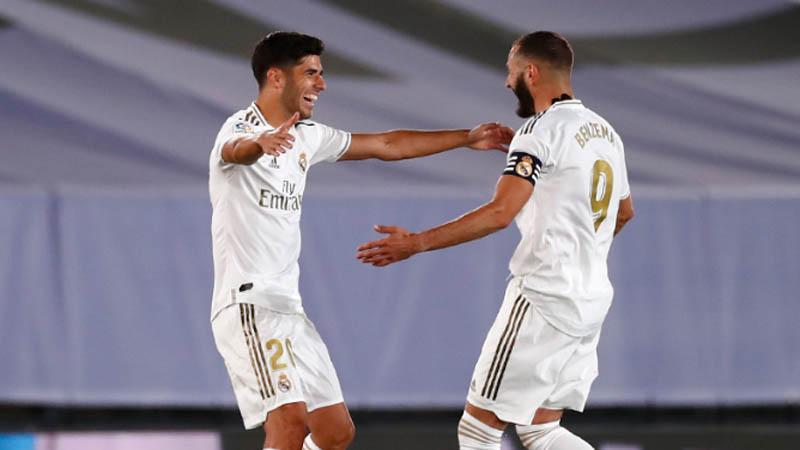Kalahkan Deportivo Alaves, Real Madrid Jauhi Kejaran Barcelona