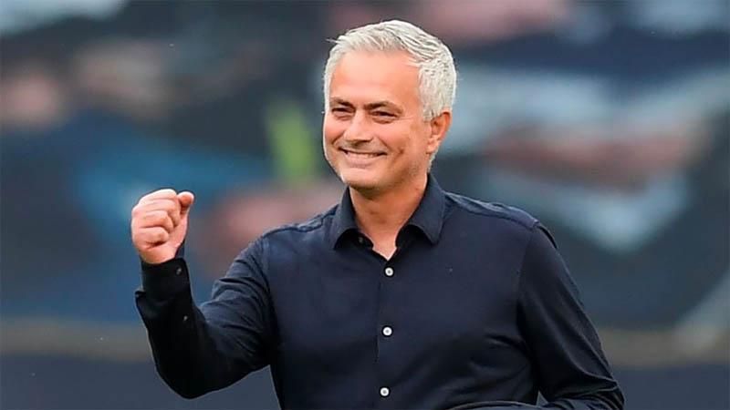 Tottenham Kalahkan Arsenal, Mourinho: Kami Bersaing ke Liga Europa