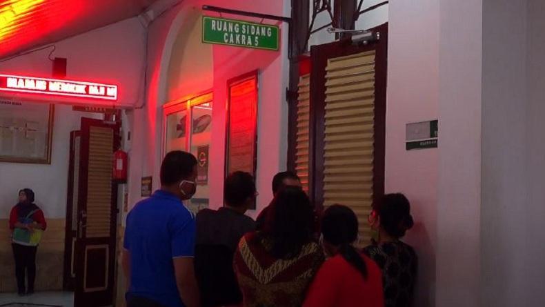 Trauma, Korban Asusila Kepala Panti Asuhan di Medan Pingsan saat Sidang