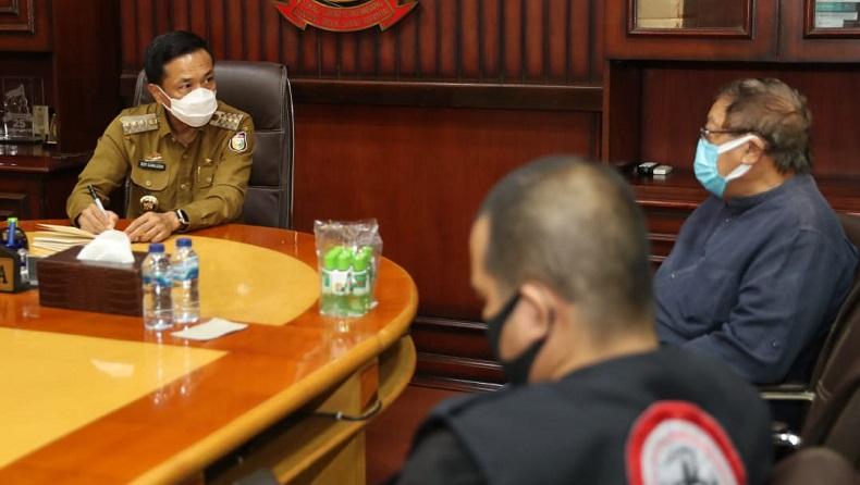 Pasien Positif Covid-19 di Makassar Akan Diterapi dengan Minyak Kayu Putih