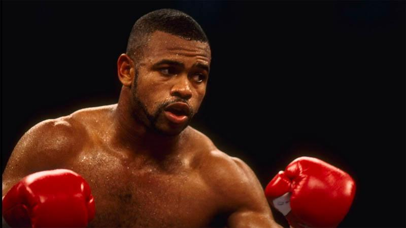 Setelah Mike Tyson, Roy Jones Jr Ingin Hajar Legendaris UFC