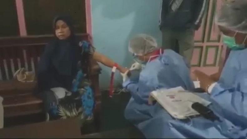 Puluhan Warga Tasikmalaya Keracunan Nasi Kotak, 2 Orang Dilarikan ke RS