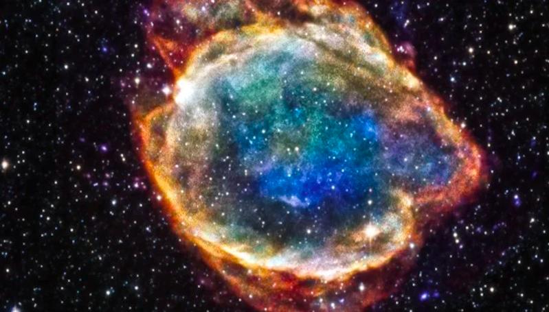 Astronom Deteksi Kilatan Cahaya Aneh Selama Supernova untuk Kedua Kalinya