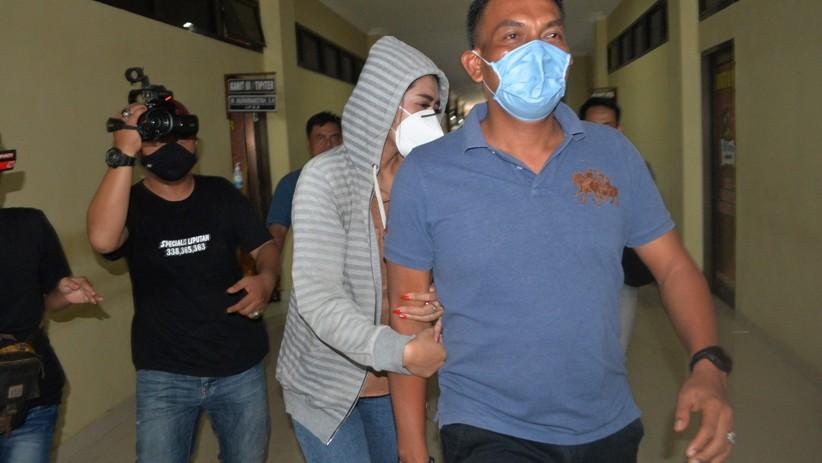 Penampakan Artis FTV Berinisial VS Ditangkap Polisi karena Kasus Prostitusi