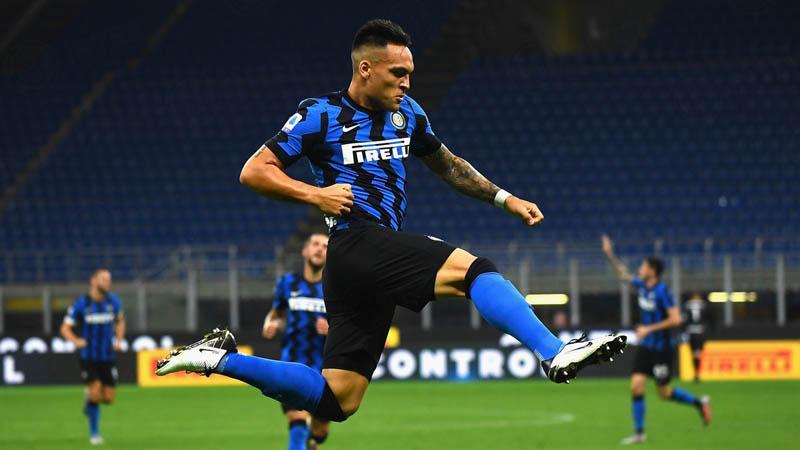 Taklukkan Napoli, Inter Milan Naik ke Peringkat Kedua
