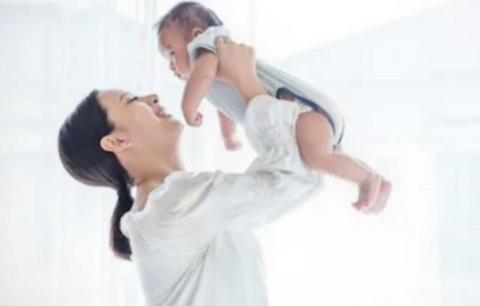 Istilah Bayi Bau Tangan, Mitos atau Fakta?