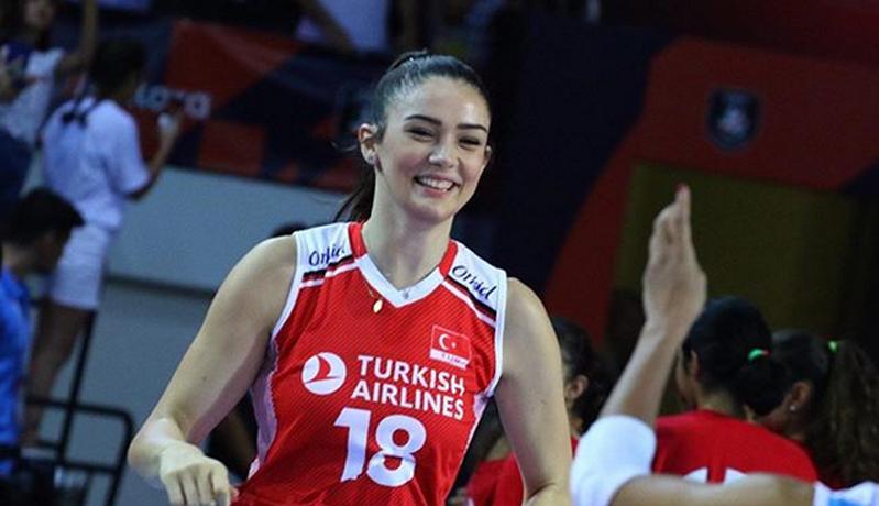 Tatyana Demyanova Minggir Dulu, Ini Zehra Gunes Pevoli Cantik asal Turki