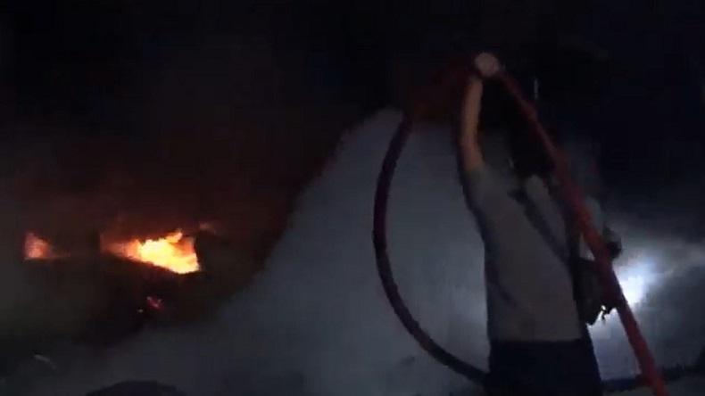 Gudang Pengolahan Kayu di Kediri Terbakar, Mobil Pemadam dari Kabupaten dan Kota Diterjunkan