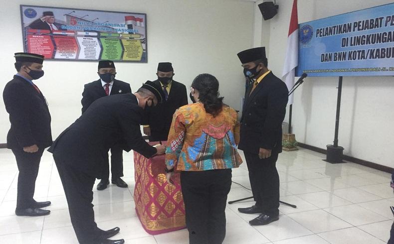BNN Bali Gelar Sertijab Kepala BNN Denpasar dan Gianyar