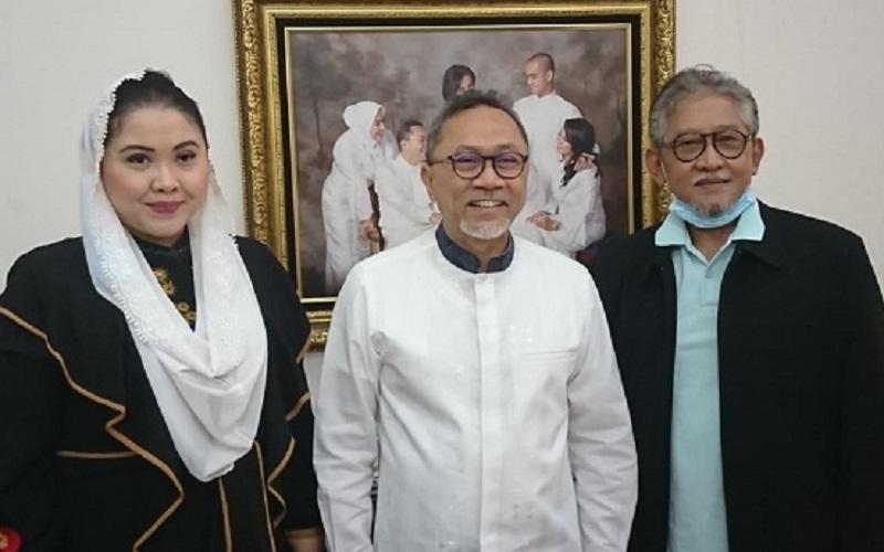 Demi Lawan Gibran, Cucu Pakubuwono XII Terbang ke Jakarta Temui Zulkifli Hasan