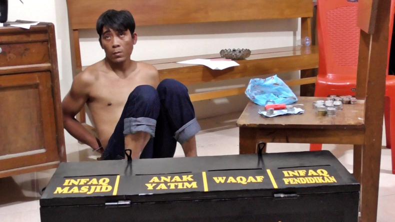 Curi Kotak Amal di Masjid, Pria di Agam Dilempar ke Kolam Ikan