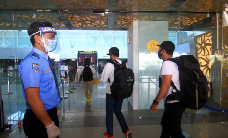 Lagi, 1 Penumpang Pesawat dari Surabaya ke Pontianak Positif Covid-19