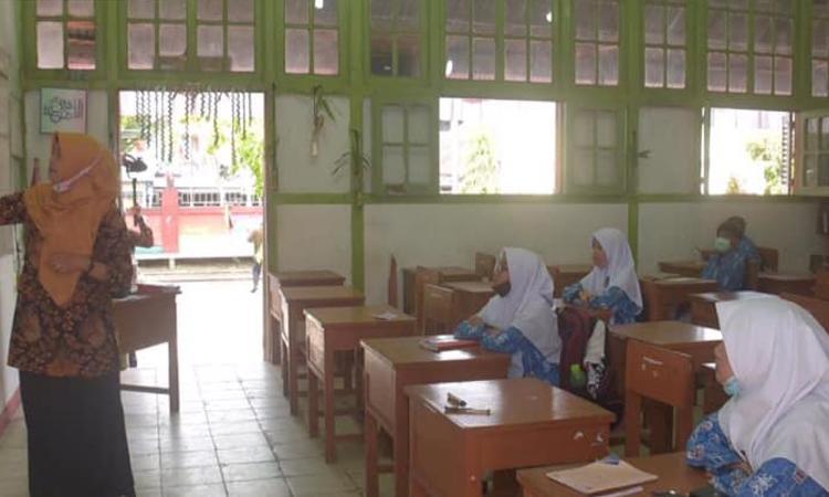6 Warga Positif Covid-19, 3 Sekolah di Padang Panjang Batalkan Belajar Tatap Muka