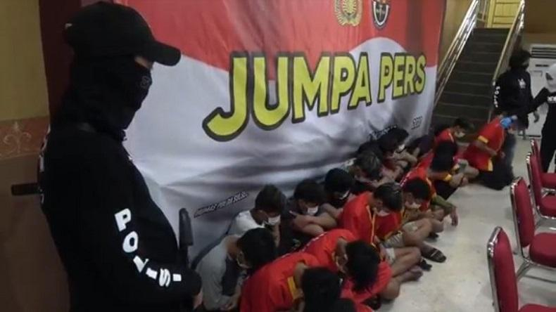 17 Anggota Geng Motor Diamankan Usai Aksi Penyerangan dan Pembakaran di Makassar
