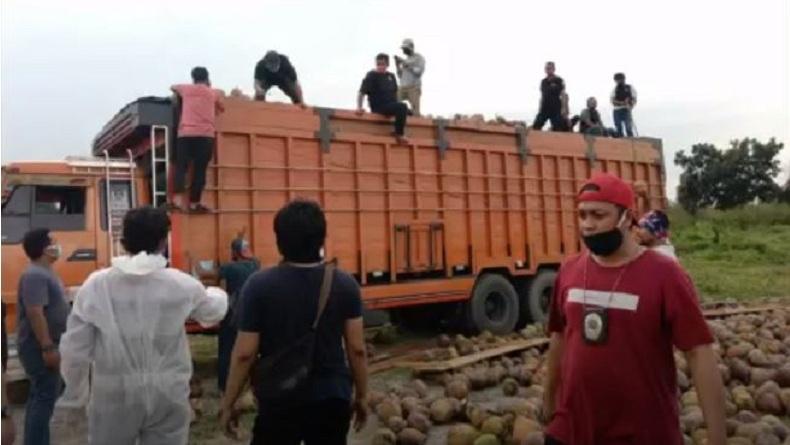 BNN Bongkar Penyelundupan 47 Kg Sabu dalam Truk Pengangkut Kelapa di Medan