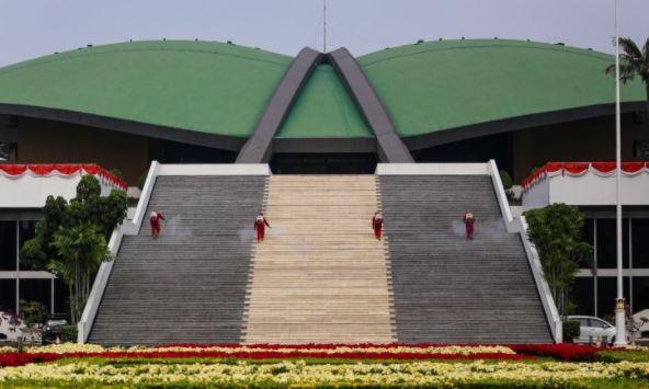 Hampir Semua Komisi di DPR RI Lockdown, Kecuali Banggar
