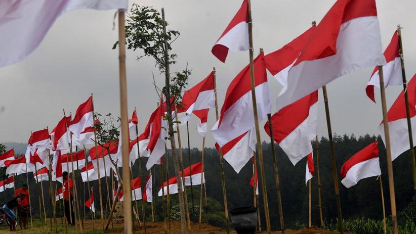 Video Viral Pria Bakar Bendera Merah Putih, Polri: Sedang Kami Selidiki