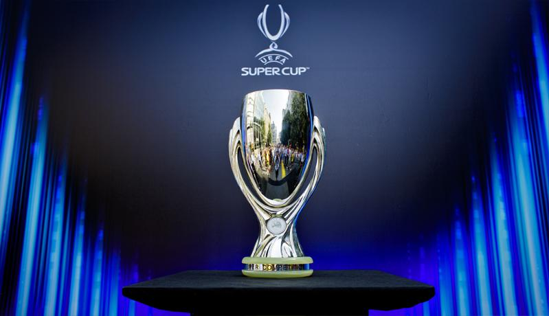 UEFA Izinkan Suporter Datangi Stadion di Piala Super Eropa