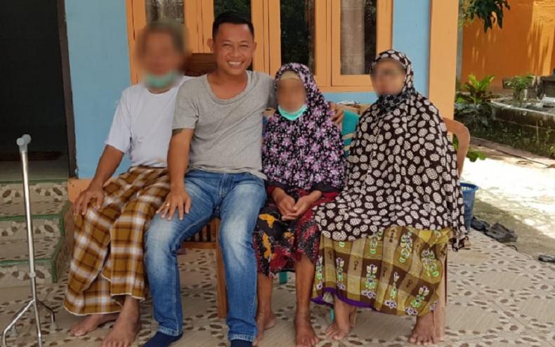 Pria di Kalbar yang Foto dengan Pasien Positif Covid-19 Akan Dites Swab