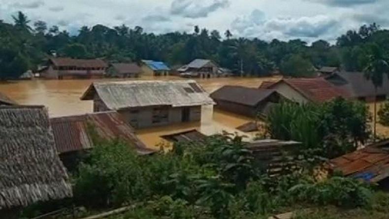 Banjir di Landak Kalimatan Barat, 10 Desa Terendam Air Setinggi 1 Meter