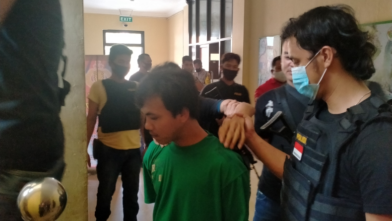 Todong Pak Guru, 3 Begal Bersenpi di OKU Digulung Polisi