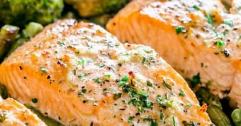 Jaga Kesehatan Mata dengan Makanan Lezat Ini, Salah Satunya Ada Keju