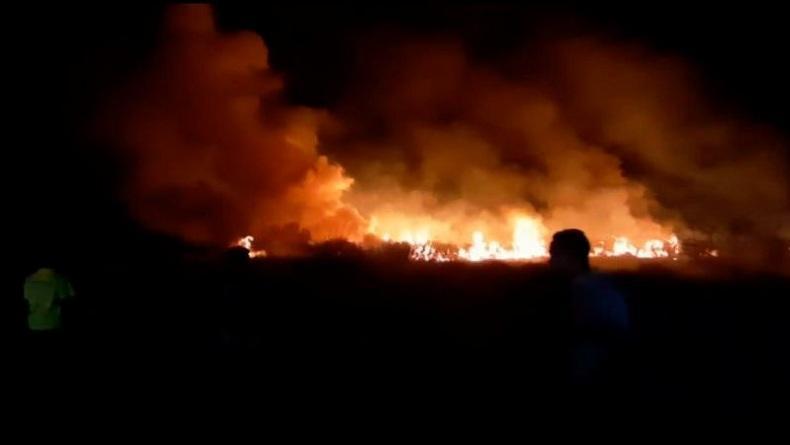 Kebakaran di Kawasan Bandara Umbu Mehang Kunda Sumba Timur, Api Berkobar Hebat