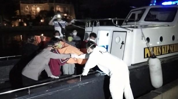 Polisi Temukan 5 Mayat ABK dalam Freezer Kapal Ikan di Kepulauan Seribu