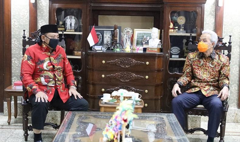 Wali Kota Tegal Temui Ganjar, Klarifikasi Dangdutan Viral Wakil Ketua DPRD