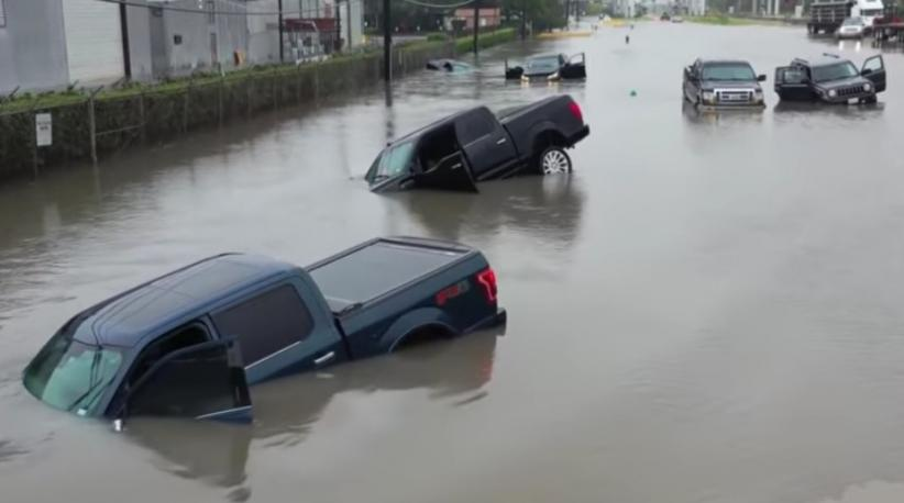 Puluhan Mobil dari Ford Challenger hingga Mustang Terendam Banjir di AS