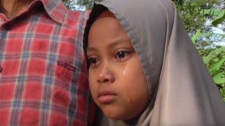 Siswi SD Rela Jual 3 Kambing Peliharaan untuk Bantu Korban Kebakaran Madrasah di Agam