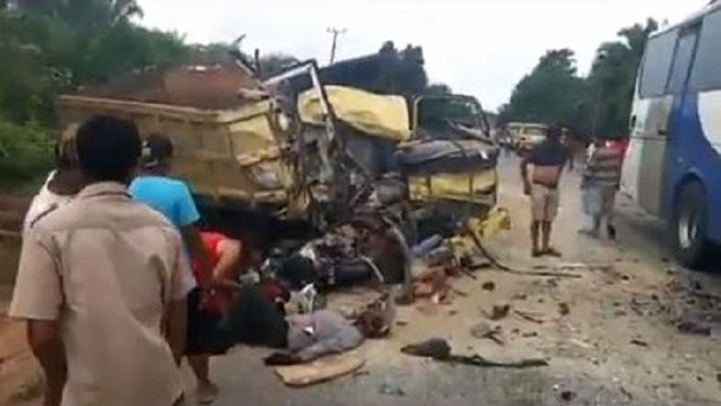 Kecelakaan Maut Bus Vs Truk di Tebo Jambi, 2 Sopir Tewas di Tempat