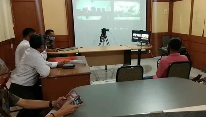 Langgar Izin Usaha, Warga Padang Disidang Tipiring di Kantor Satpol PP