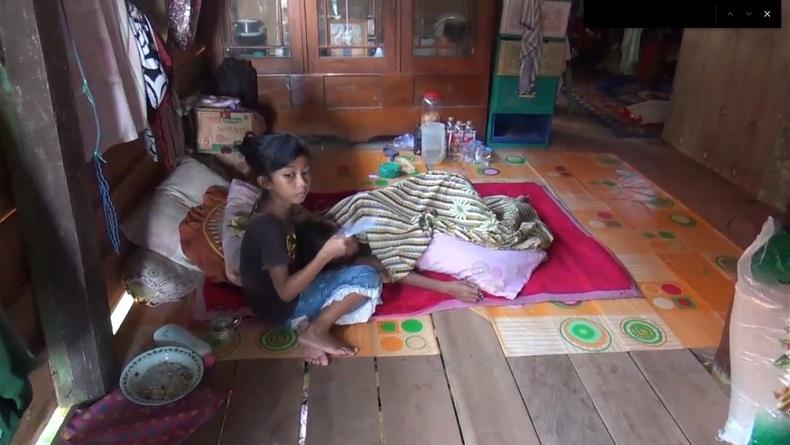 Cerita Bocah 9 Tahun di Bone Sendirian Rawat Ibu Penderita Kanker