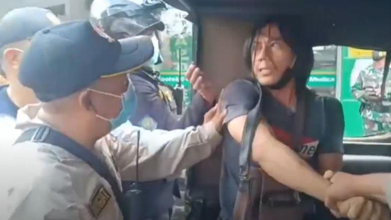 Viral Pemuda Tak Pakai Masker Diamankan Satpol PP Surabaya Seperti Pelaku Kriminal