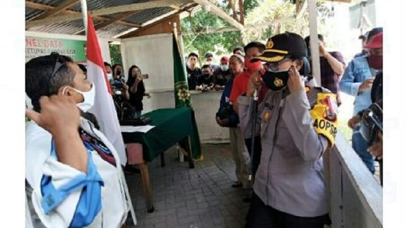 Cegah Covid, Kapolres Perempuan Ini Pimpin Operasi Yustisi di Zero Point Minut
