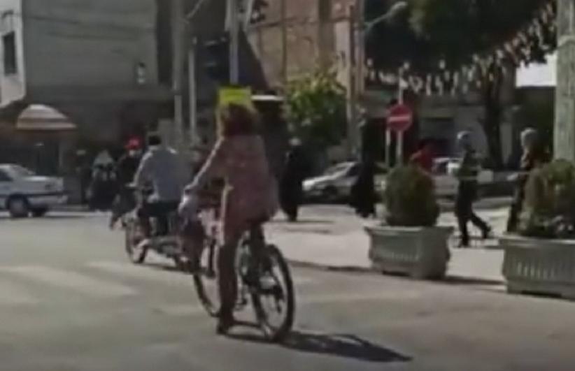 Perempuan Iran Ditangkap karena Nekat Bersepeda Tanpa Hijab di Tengah Kota