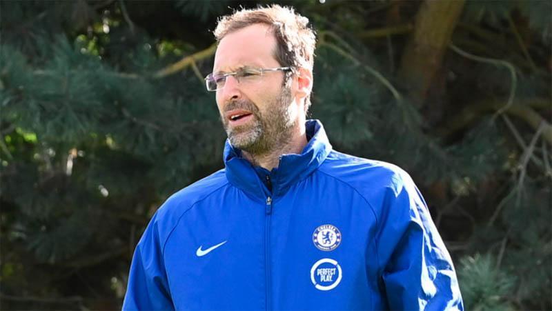 Petr Cech Masuk Skuat Chelsea di Premier League, Ini Alasannya