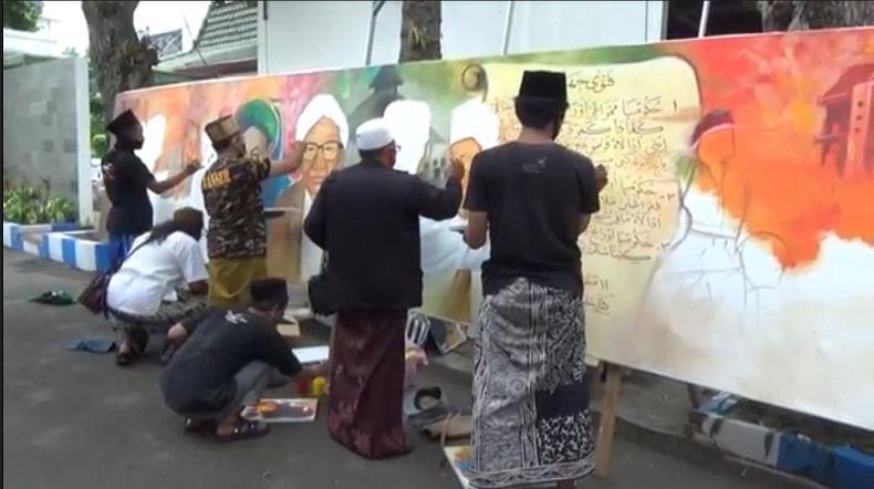 Hari Santri Nasional 2020, Seniman di Jombang Melukis Bersama untuk Hormati Para Ulama