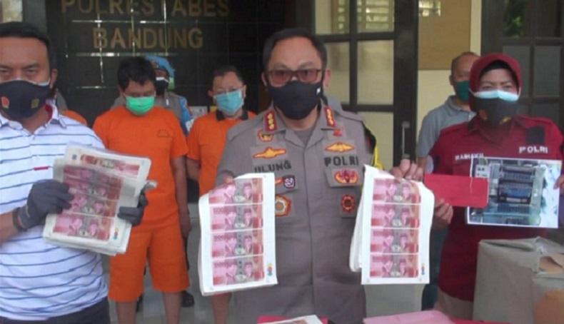 Palsukan Uang Rupiah, 4 Pria di Bandung Ditangkap Polisi