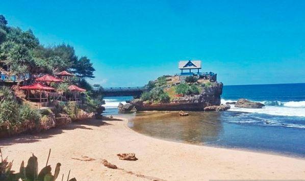 Tak Takut Covid-19, Belasan Ribu Wisatawan Serbu Objek Wisata di Gunungkidul