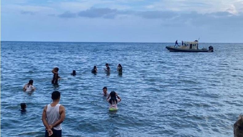 Polairud Polda Sulut Kerahkan Kapal untuk Siaga di Lokasi Obyek Wisata Pantai