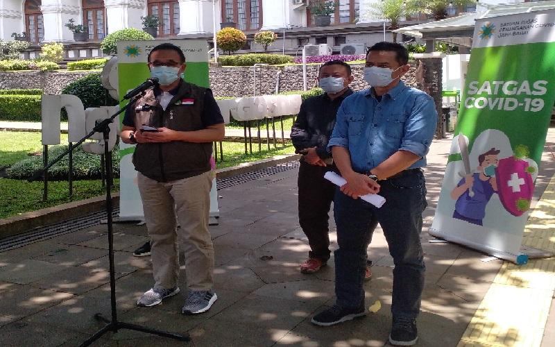 Satgas Covid-19 Jabar Fasilitasi Perawatan Guru Lumpuh Pascaimunisasi di Rumah Singgah