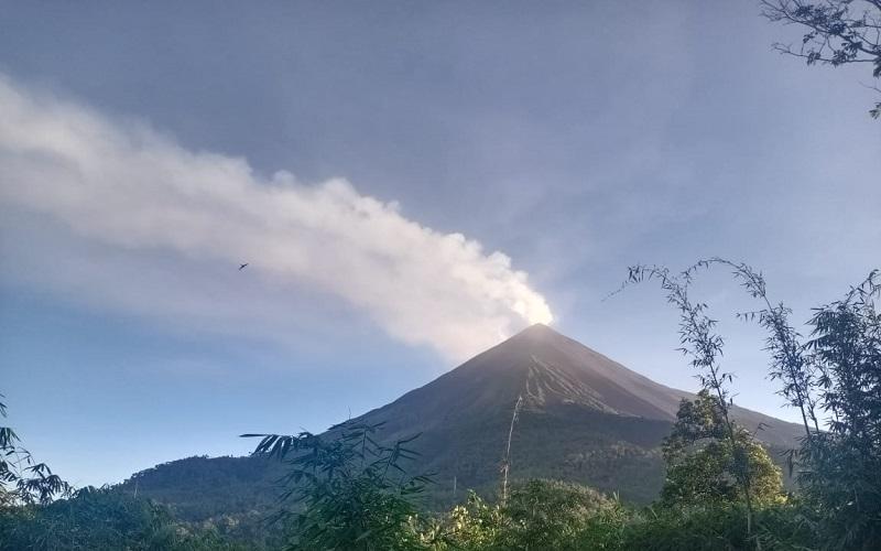 Gunung Karangetang Gempa Tremor Terus Menerus Disertai Suara Gemuruh